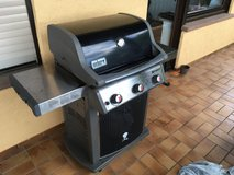 Weber gas grill, 3 burners with electric ignition in Spangdahlem, Germany