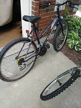 woman's 15 speed bike by Pacific..26 inches in Wheaton, Illinois