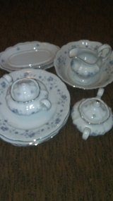 set of dishes in Fort Campbell, Kentucky