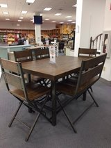 5 piece dining set in Cherry Point, North Carolina