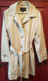 Womens London Fog Rain Coat Large, No hood in Sandwich, Illinois