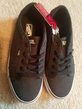 Vans Skate Shoes  Boys 3 Dark Grey w Black Laces NEW in Sandwich, Illinois