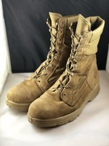 Bates Lites USMC Boots Male in Honolulu, Hawaii