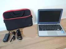 ASUS Chromebook with carrying sleeve in Baumholder, GE