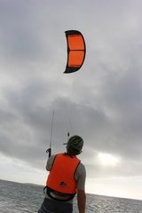Lower price kite high quality 2017 Kite surf equipment demo good use conditions price 30% off in Okinawa, Japan