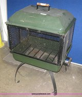 Coleman free standing fire pit (new) in Fairfield, California