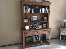 Solid pine hutch in Tinley Park, Illinois