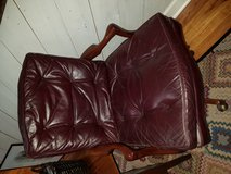 Leather office chair. in Beaufort, South Carolina