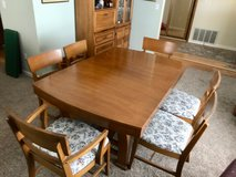 Dining set, 6 chairs, leaves in Travis AFB, California