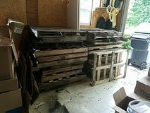 22 Pallets in Fort Campbell, Kentucky