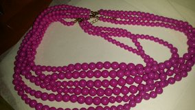 neckless  Costume Jewelry in Fort Campbell, Kentucky