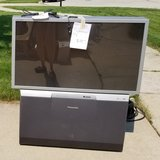 *Free to good home 49 inch HD 720p Panasonic Projection TV in Westmont, Illinois
