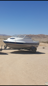 Bayliner in Yucca Valley, California