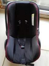 car baby seat in Honolulu, Hawaii