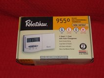 Robertshaw Thermostat 9550 Deluxe Non-Programmable 1 Heat / 1 Cool NEW in Naperville, Illinois