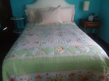 Queen Sized Quilted Comforter in Aurora, Illinois