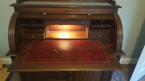 Solid Wood Roll-Top desk in Chicago, Illinois