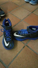 mens size 9 nike in Vicenza, Italy