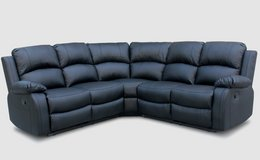 Sectional In stock available colors black & white! in Baumholder, GE