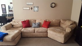 Sectional Couch in Alamogordo, New Mexico
