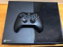 Xbox 1, 1 controller(need to sell today) in Okinawa, Japan