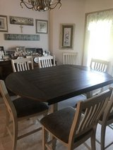 Like New Table and 8 Chairs in Fort Leonard Wood, Missouri