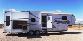 2011 Keystone Avalanche-Used in Alamogordo, New Mexico