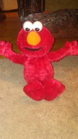 Tickle me Elmo in Fort Campbell, Kentucky