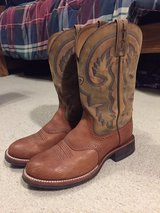 Ariat Boots (Like New) - 11D in Spring, Texas