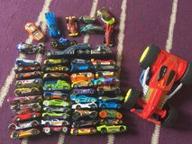 Large hot wheels bundle in Lakenheath, UK