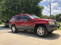 2004 Jeep Grand Cherokee in Fort Leonard Wood, Missouri