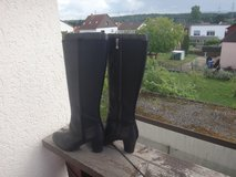 rockport boots 9.5M in Ramstein, Germany