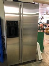 Jennaire 22 cf Stainless Refrigerator in The Woodlands, Texas