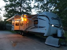 2012 Keystone Outback 10th Anniversary Edition in Fort Polk, Louisiana