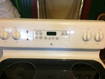 Electric GE  Flat Top Stove Oven in Fort Polk, Louisiana