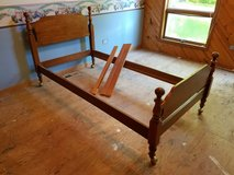 Maple Twin Bed - Vintage in New Lenox, Illinois
