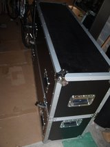 Must go (Moving Sale):TV Storage Case in Wiesbaden, GE