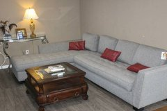 NOW ON SALE $550!!! Cindy Crawford Gray Sectional! in Tomball, Texas