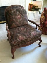 Thomasville chairs and ottoman in Bolingbrook, Illinois