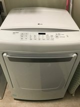LG DRYER - Extra Large Capacity.  LIKE NEW! in Byron, Georgia