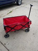 Foldable wagon in Bolingbrook, Illinois