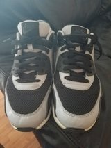 Nike Air Max Size 8 mens in Plainfield, Illinois
