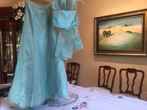 REDUCED! Beautiful Sea Mist Green 2 piece with wrap cocktail/prom dress in Conroe, Texas