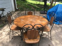 Cast Iron Dining Room Set in Fort Campbell, Kentucky