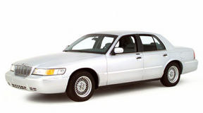 2000 Mercury Grand Marquis in Fort Leonard Wood, Missouri
