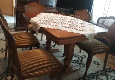 Dinning table with 5 chairs in Baumholder, GE