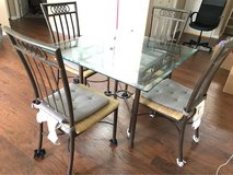 Table+4Chair in Joliet, Illinois