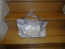 Authentic Coach handbag in Fort Belvoir, Virginia