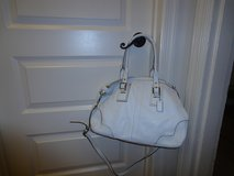 Authentic White Coach handbag in Fort Belvoir, Virginia