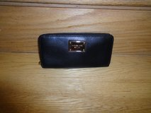 Authentic Black Michael Kors wallet in Fort Belvoir, Virginia